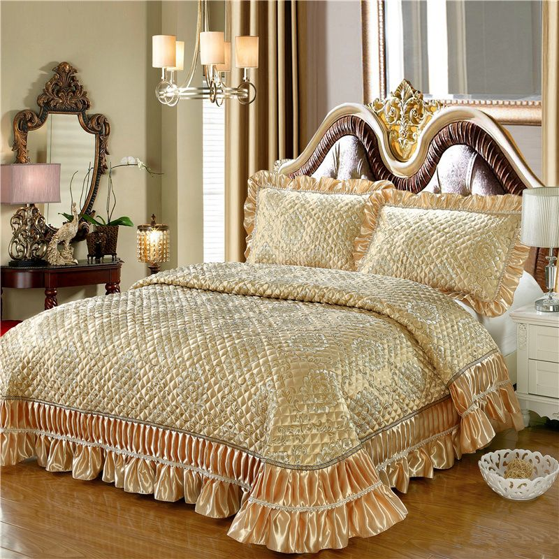 New 3Pcs Silk Cotton Golden Jacquard Ruffles Bed Spread Quilted Coverlet Sets Tatami mat bed sheet Sofa cover 250*260 cm size