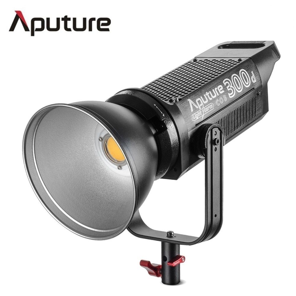 Aputure LS C300d COB light 300W output 5500K color temperature TLCI 96+professional shooting filming light V-mount