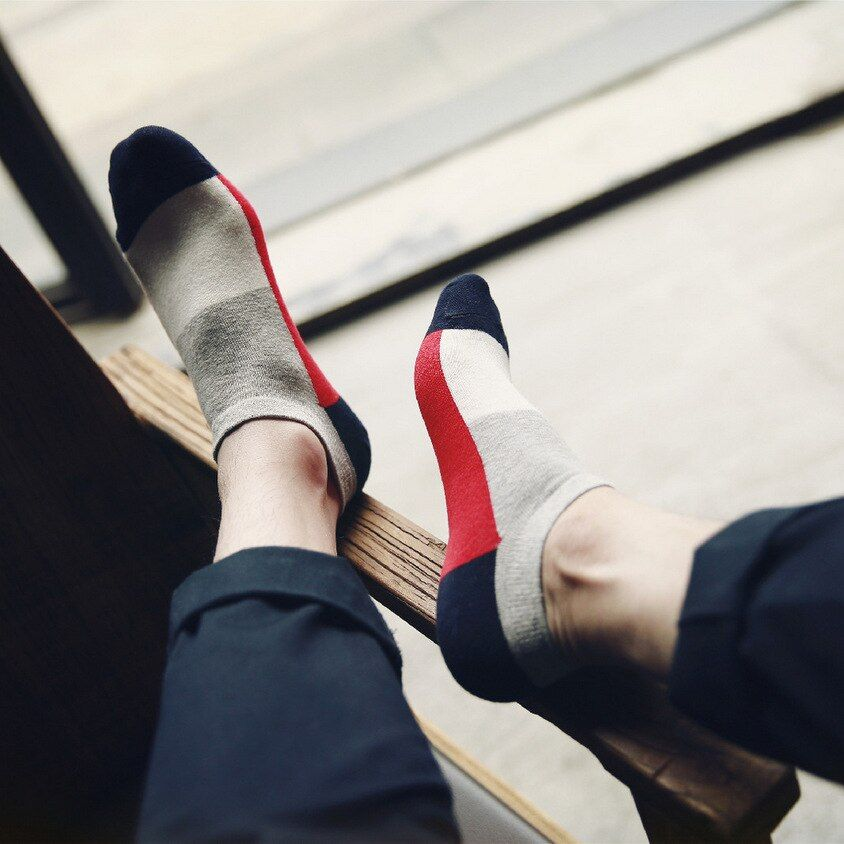10 unidades = 5 pares de alta calidad de color puro hombre de algodón scoks, clásicos del hombre calcetines de tobillo, calcetines, fresco envío libre