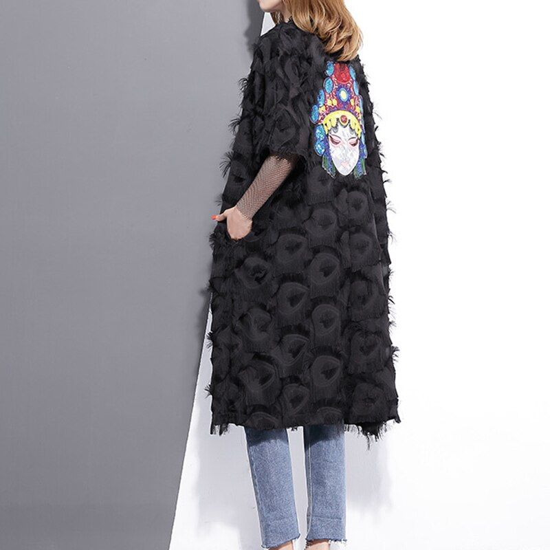 [GUTU] 2018 Spring Summer Fashion Black White Embroidery Back Coat Loose Feather Windbreaker V Neck Big Size New Woman Q333