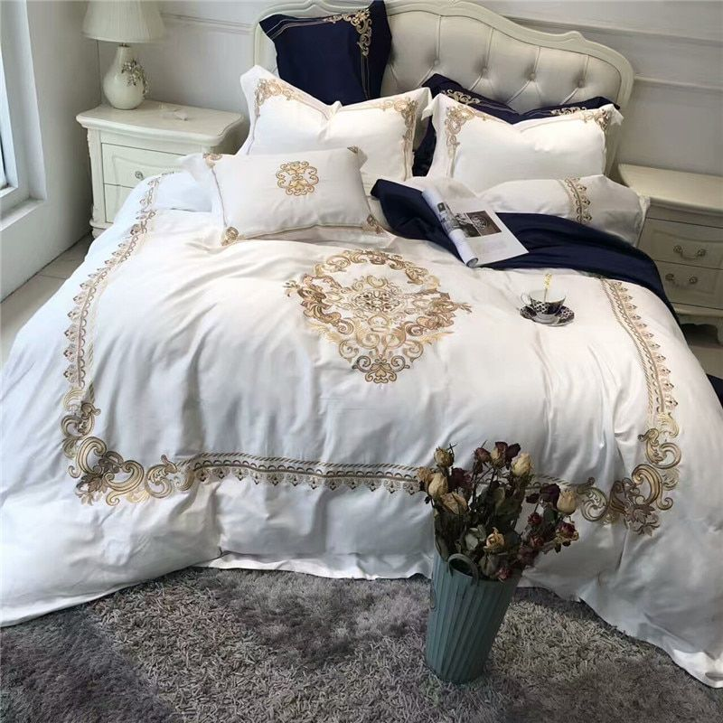 5Pcs Luxury White Blue Egyptian cotton Queen King Bedding sets Oriental Golden Embroidery Duvet Cover Bed sheets set Pillowcase