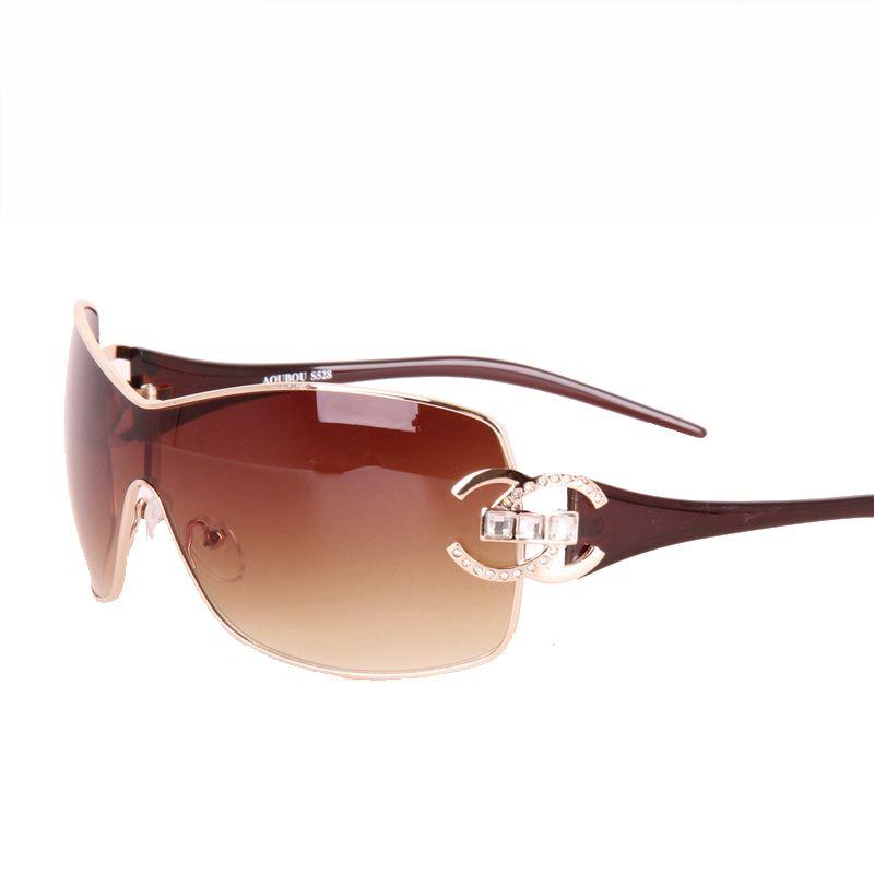 2018 Mode lunettes de soleil Surdimensionnées pour femmes Lunettes De soleil Lunettes de soleil Conduite Diamant Lunettes De Soleil Femelle Or Rétro Cadre lunettes