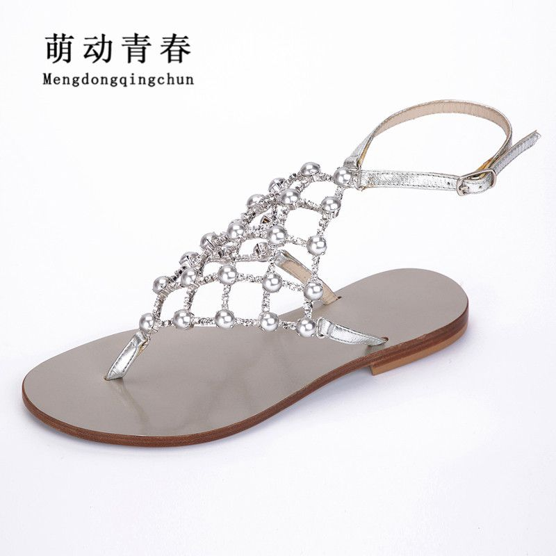 2018 New Women Sandals Fashion Flats Shoes Women Buckle Strap Crystal Pearl Flat Heels Sandals Summer Sandals Plus size