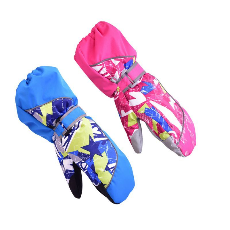 New 2017 Children Winter Gloves Skiing Hot Boys / Girls Sports Snow Windproof Waterproof Gloves Wrist Extended Skiing Gloves