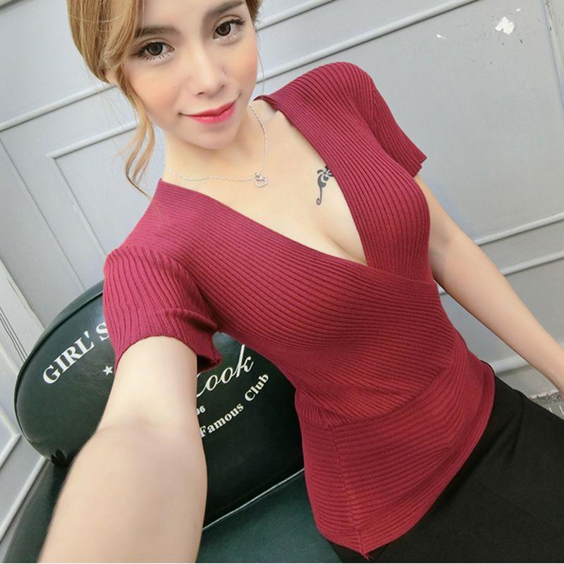 Sexy Slim T Shirt femmes t-shirt col en v profond à manches courtes rayé tricoté coton croix Patchwork femmes Poleras De Mujer Moda 2018