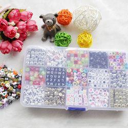 1100 pcs Acrylique Lettre Perles pour N'importe Quel Nom sur Sucette Chaîne Clips 15 Formes Alphabet Perles pour Bébé Education Jouets DIY Bracelets