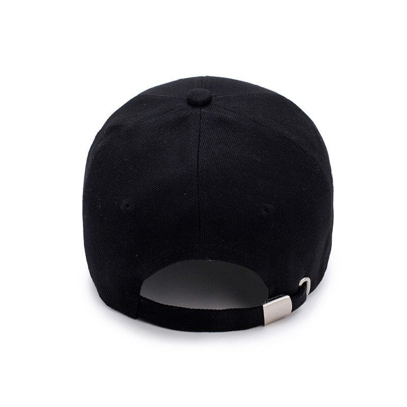 Retro baseball cap looks very atmospheric casual mesh breathable not boring style diverse baseball cap