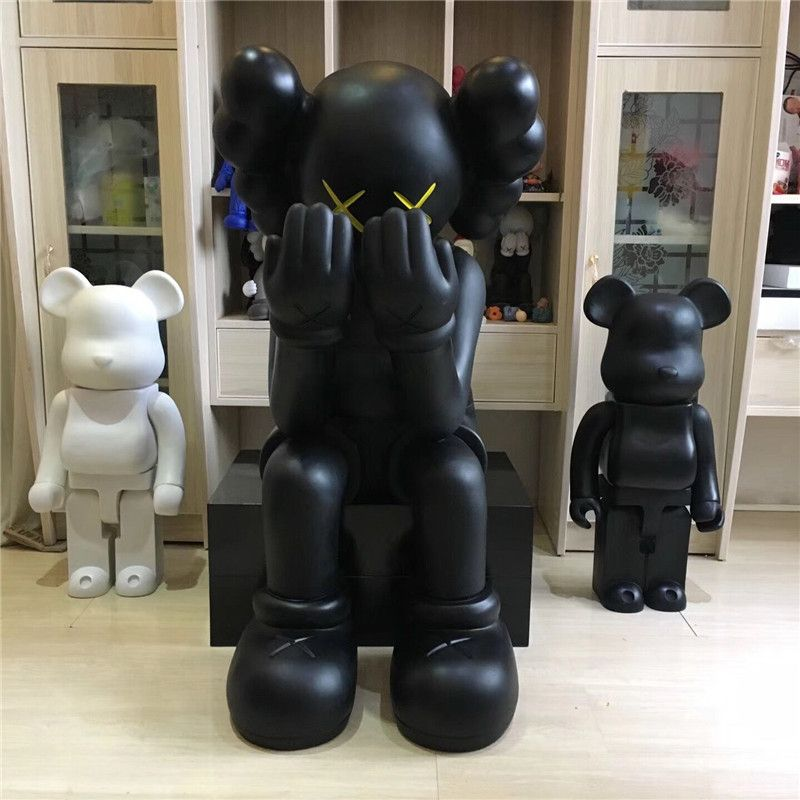1.06 M Medicom Toy 4FT Kaws Passing Through Open Edition Vinyl Figure Companion 2018 New In Box Sealed G1494