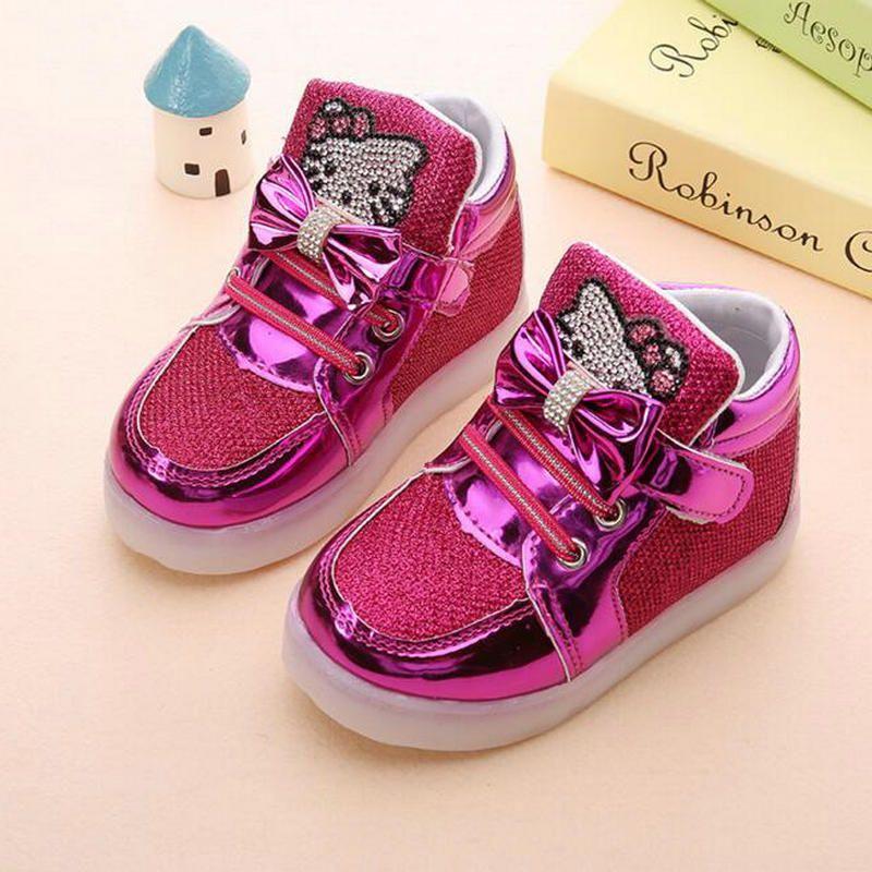 Детская Обувь 2017 Новинка весны рисунок «Hello Kitty» горный хрусталь LED Обувь для девочек принцессы Милая обувь с легкими ЕС 21-30