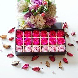 18 Pcs Gradient Creative simulation rose Savon fleur Rose rouge