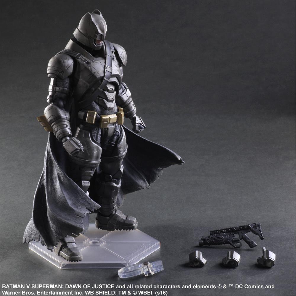 Batman figurines d'action jouer Arts Kai Batman v Superman aube de la Justice Anime modèle de collection jouet lourdement blindé Playarts Kai