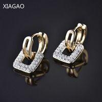XIAGAO plaza antigua forma de moneda de diseño único de oro de la joyería de-color AAA CZ compromiso aro pendientes para las mujeres