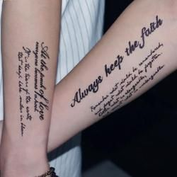 Sexy falso tatuaje manga hombres y mujeres tatuaje falso tatuajes temporales impermeables del arte de cuerpo pegatinas