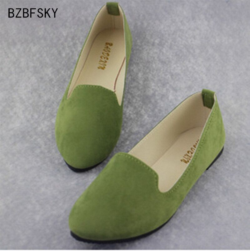 Plus size 2017 new Fashion shoes women solid candy color patent PU tip shoes women flats ballet Casual  shoes princess shoes
