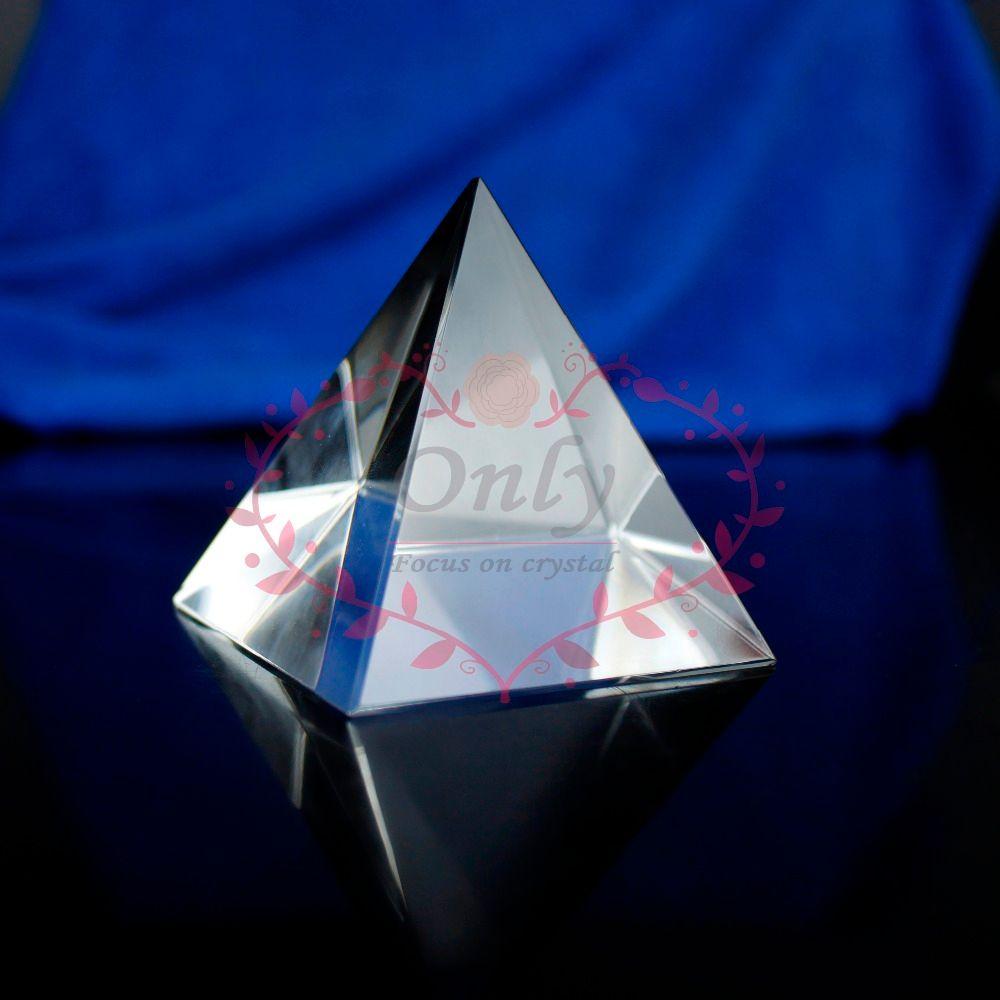 Livraison gratuite 60mm Nature clair Quartz Fengshui cristal verre pyramide pierre décoration de la maison