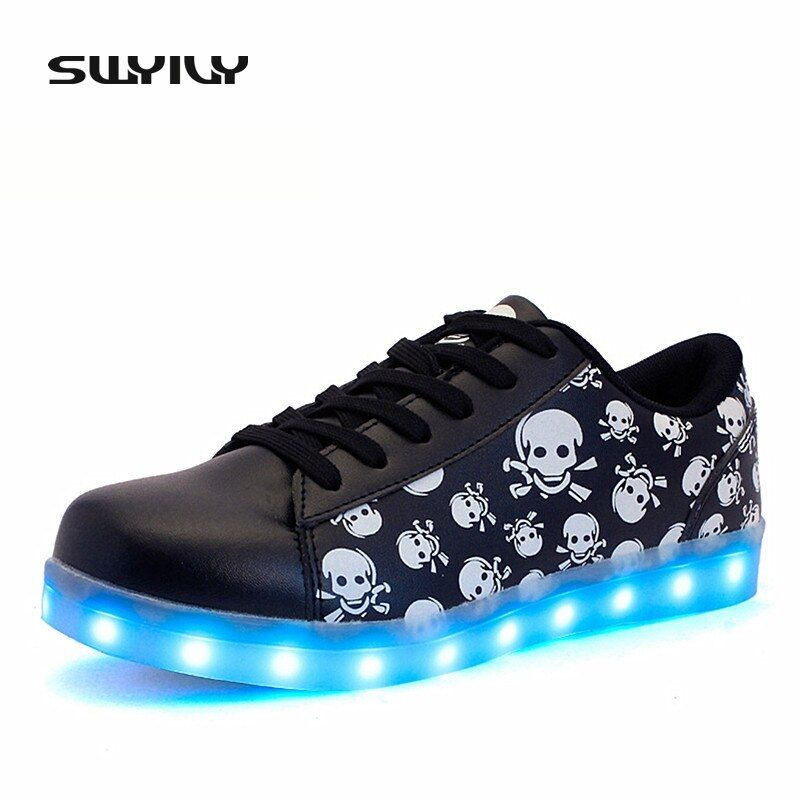2017 New LED Women Skateboarding Shoes Luminous Light Sneakers Printed Skull Head USB Recharged Lacing Flat Heel Shoes EUR35-41