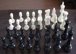 Kualitas Plastik Resin Internasional Set Catur Raja Tinggi 97 Mm 32 Buah Catur Set Tanpa Papan Catur Pesta Keluarga 97 Mm catur
