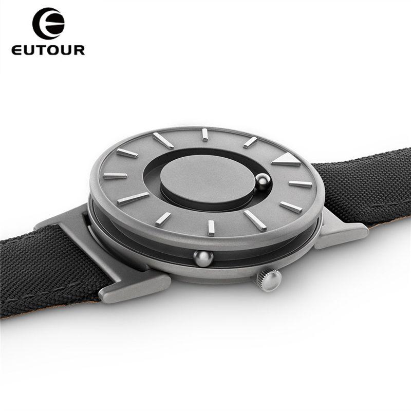 2017 New Style Black Mens Watches Magnetic Ball Fashion Watch Nylon Simple Mimimalist Quartz Watches Creative men Wristwatches