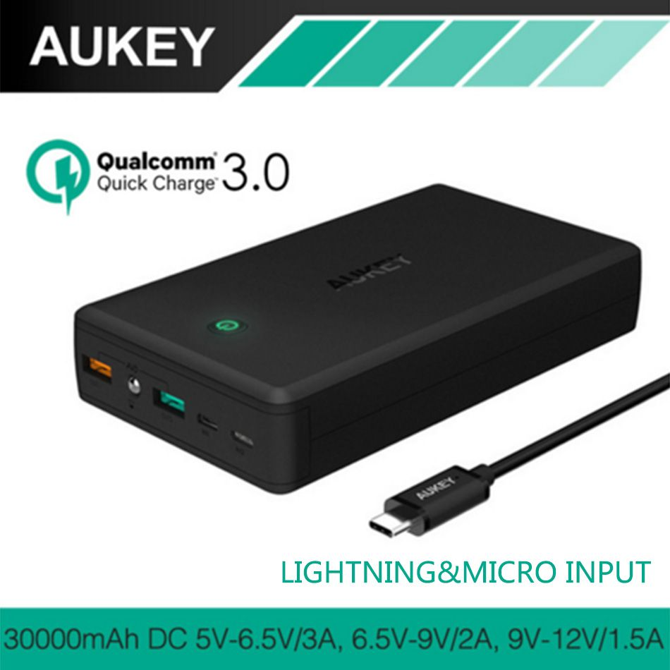 AUKEY Quick Charge Power Bank 30000mAh QC3.0 Portable Fast Charger External Batteries Dual USB Powerbank Charger for iPhone 8 mi