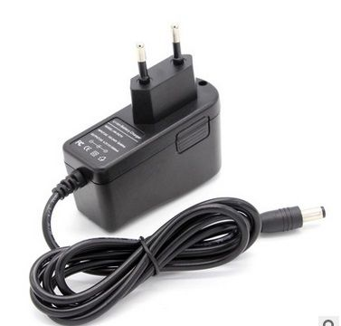12 V Charger 12.6 v 18650 Lithium Battery Charger DC 5.5 * 2.1 MM + Free shipping