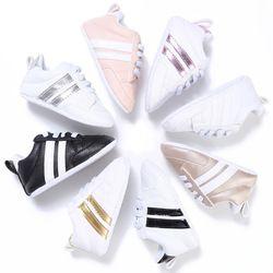 2018 nueva moda sneakers bebé recién nacido Patucos Niños Niñas suela suave del niño Primeros pasos Zapatos de bebé