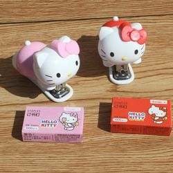 1set Creative Cute Lovely Hello Kitty Mini Stapler Binding Book Paper Portable Staples
