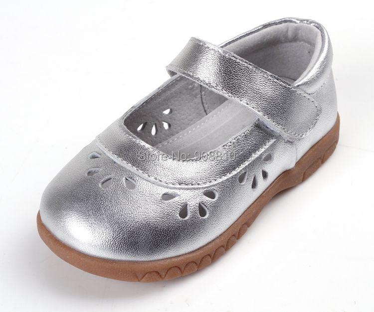 Обувь для девочек кожа серебро Мэри Джейн мягкая обувь малыша цветок вырезы для Весна-осень осень для свадьбы с цветочным рисунком для мале...