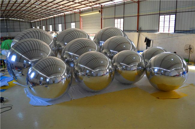 Inflatable Mirror Surface Christmas Ball Disco Mirror Ball Light Mirror Reflection Stage Festival Hanging Balloom