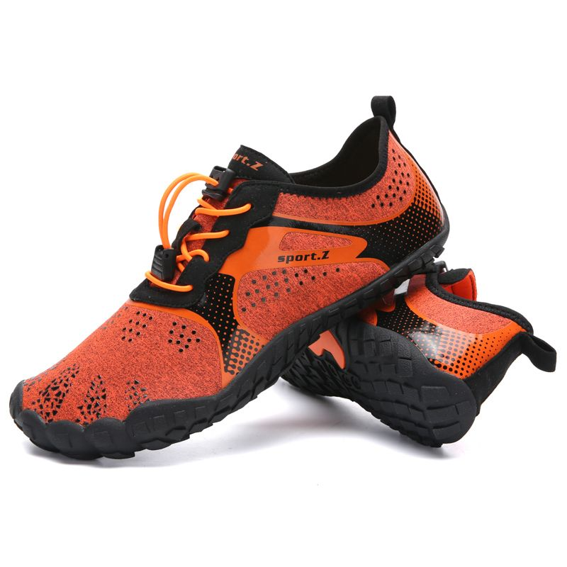 2019 New Summer 35-47 Outdoor Men Hiking Shoes Mountain Shoes Trekking Shoes Women Wading Quick Dry Upstream Shoes Breathable
