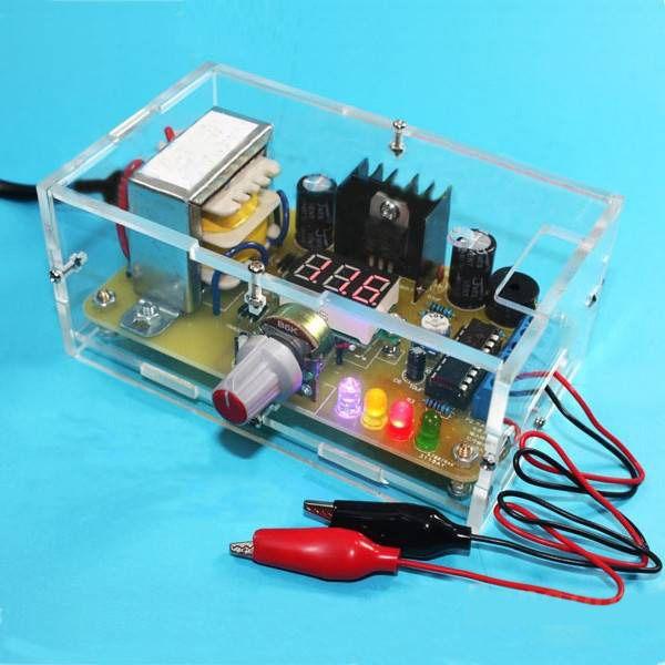Usine en gros livraison gratuite EU 220 V bricolage LM317 tension réglable carte d'alimentation Kit d'apprentissage avec étui