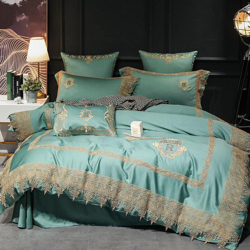 Light Green 100S Egyptian Cotton Luxury Embroidery Royal Bedding Set King Queen Lace Wedding Bed Sheet Cover set Duvet Cover 4pc