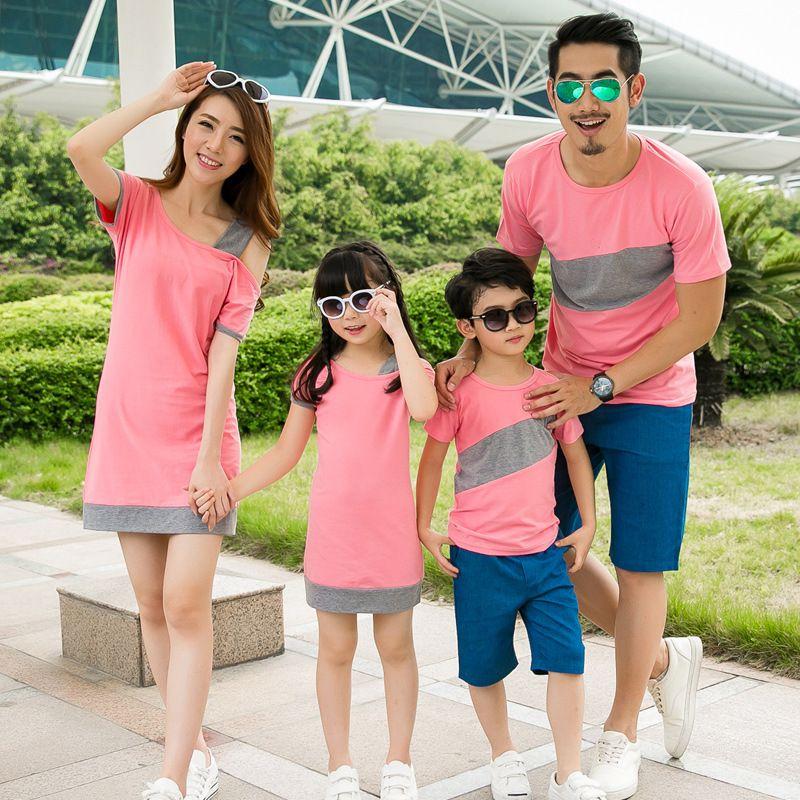 2018 mère et fille robe famille correspondant vêtements couple vêtements incliné épaule robe garçons T-shirt mère père bébé