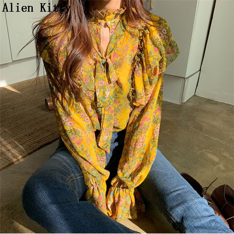Alien Kitty 2019 Vintage Female Ruffles Print Floral All-Match Flare Sleeves O-Neck Fashion Free Bow Casual Sweet Yellow Shirt