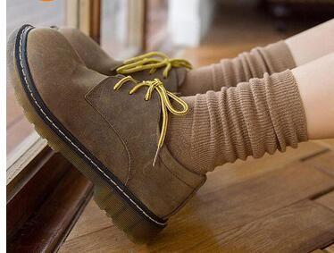 5 Pares de un conjunto adr Tib 2017 Patrones De Moda de Las Mujeres de Algodón de Invierno Calcetines Lindos de La Historieta Medio Calcetín Calcetines Cortos Femeninos