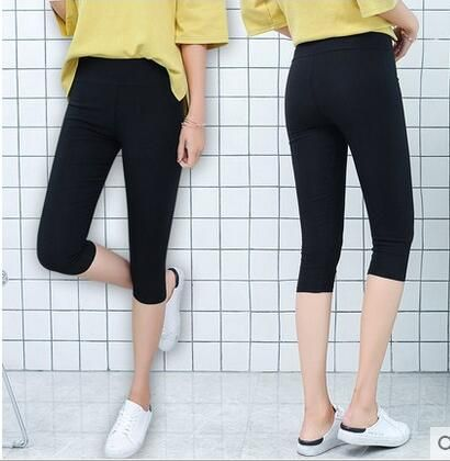 Hot <font><b>Selling</b></font> 2018 Women 3/4 Running Shorts Breathable Elastic Cotton Sport Shorts Size S to XL Black Color Factory Dropshipping