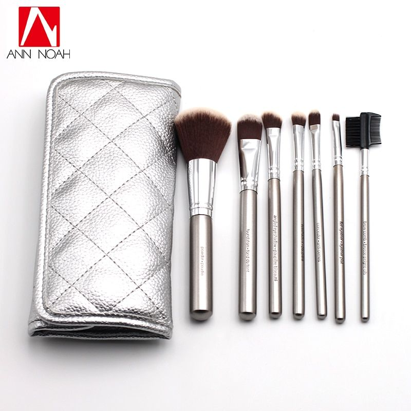 High Quality Silver Plated Wood Handle Anti Bacterial Synthetic Hair 7pcs Deluxe Bamboo Charcoal Makeup Brush Sets With Pouch