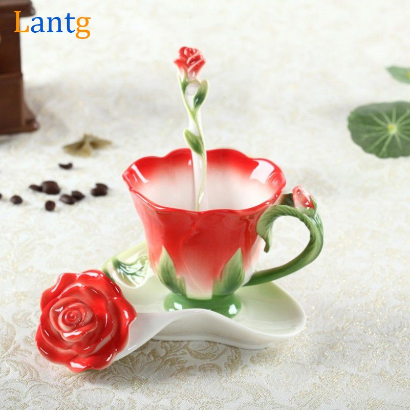 3D Rose émail tasse à café thé lait tasse ensemble avec cuillère et soucoupe créative en céramique européenne os chine Drinkware mariage cadeau
