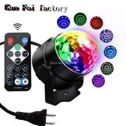 IR عن بعد أدى البلورة السحرية الكرة 3 واط البسيطة RGB المرحلة الإضاءة تأثير المصباح الكهربي حزب ديسكو