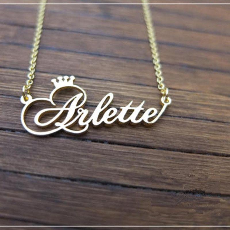 Nom personnalisé couronne collier fait à la main personnalisé Cursive police plaque signalétique pendentif en acier inoxydable chaîne bijoux cadeaux d'anniversaire