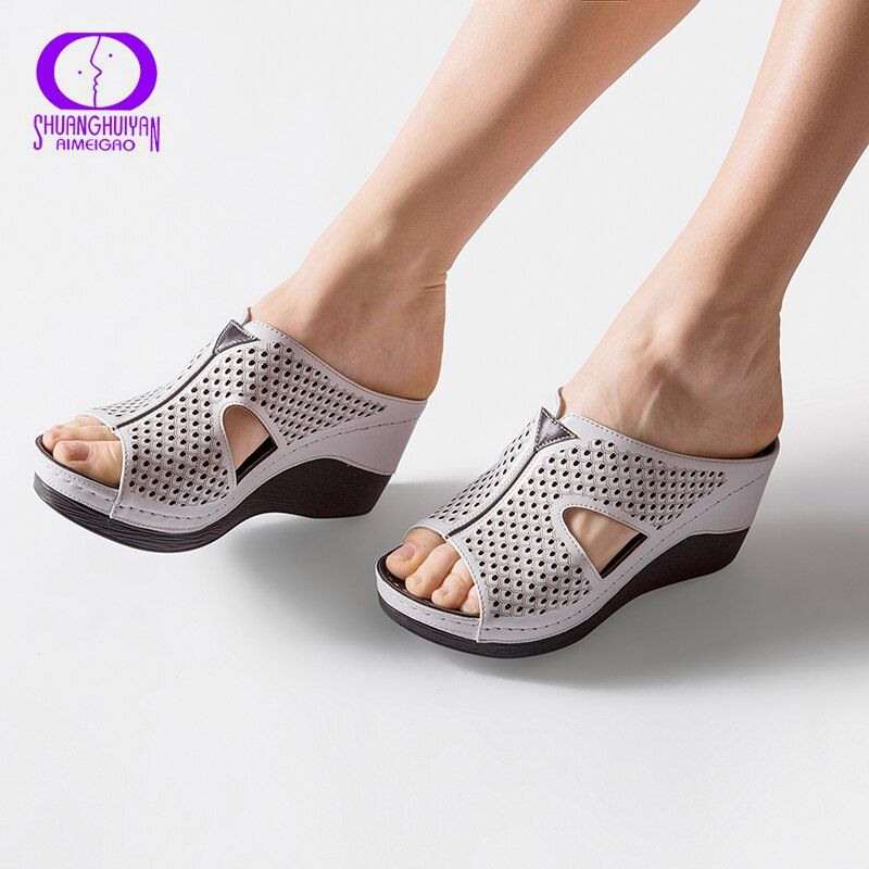 AIMEIGAO Summer Platform Heels Women Slipper Shoes Soft Comfortable Outside Slippers Sandals Thick Bottom Fashion Women Shoes