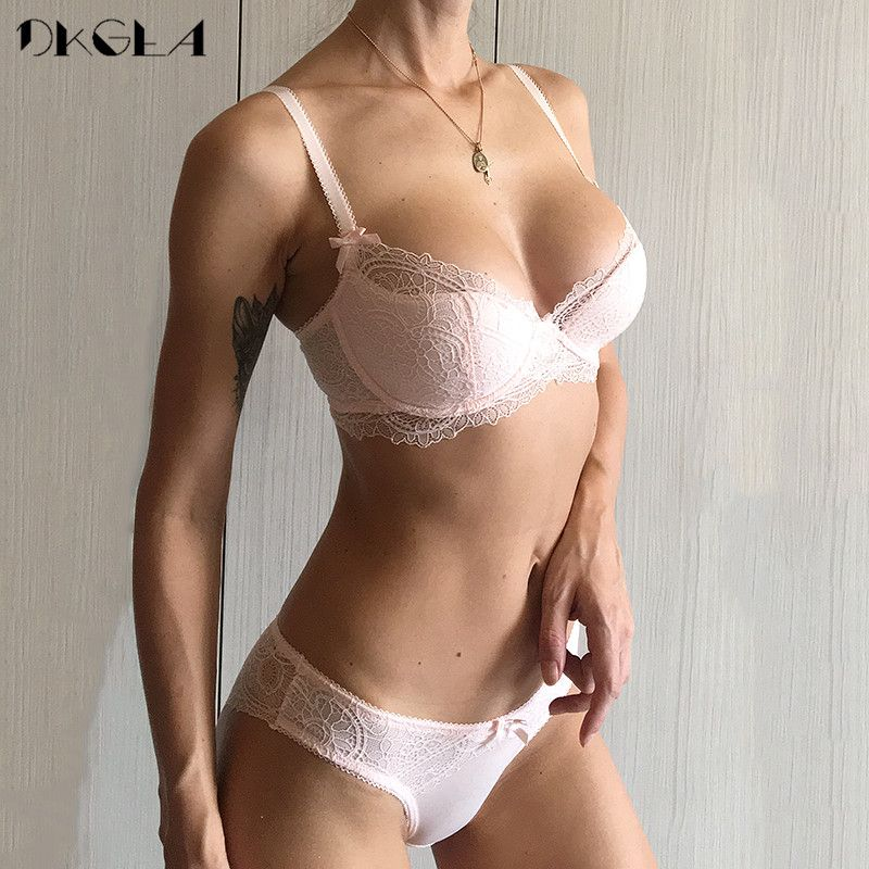 Fashion Young Girl Bra Set Plus Size D E Cup <font><b>Thin</b></font> Cotton Underwear Set Women Sexy Brassiere Pink Lace Bras Push Up Embroidery
