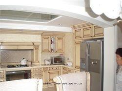 Классический твердой древесины кухонный шкаф мебель (LH-SW030)