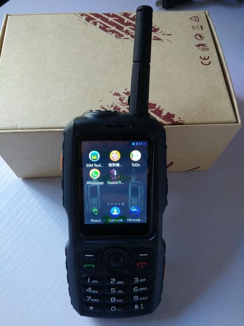 3G WCDMA SIM walkie talkie with UHF 400-470mhz analog function GSM zello account two way radio