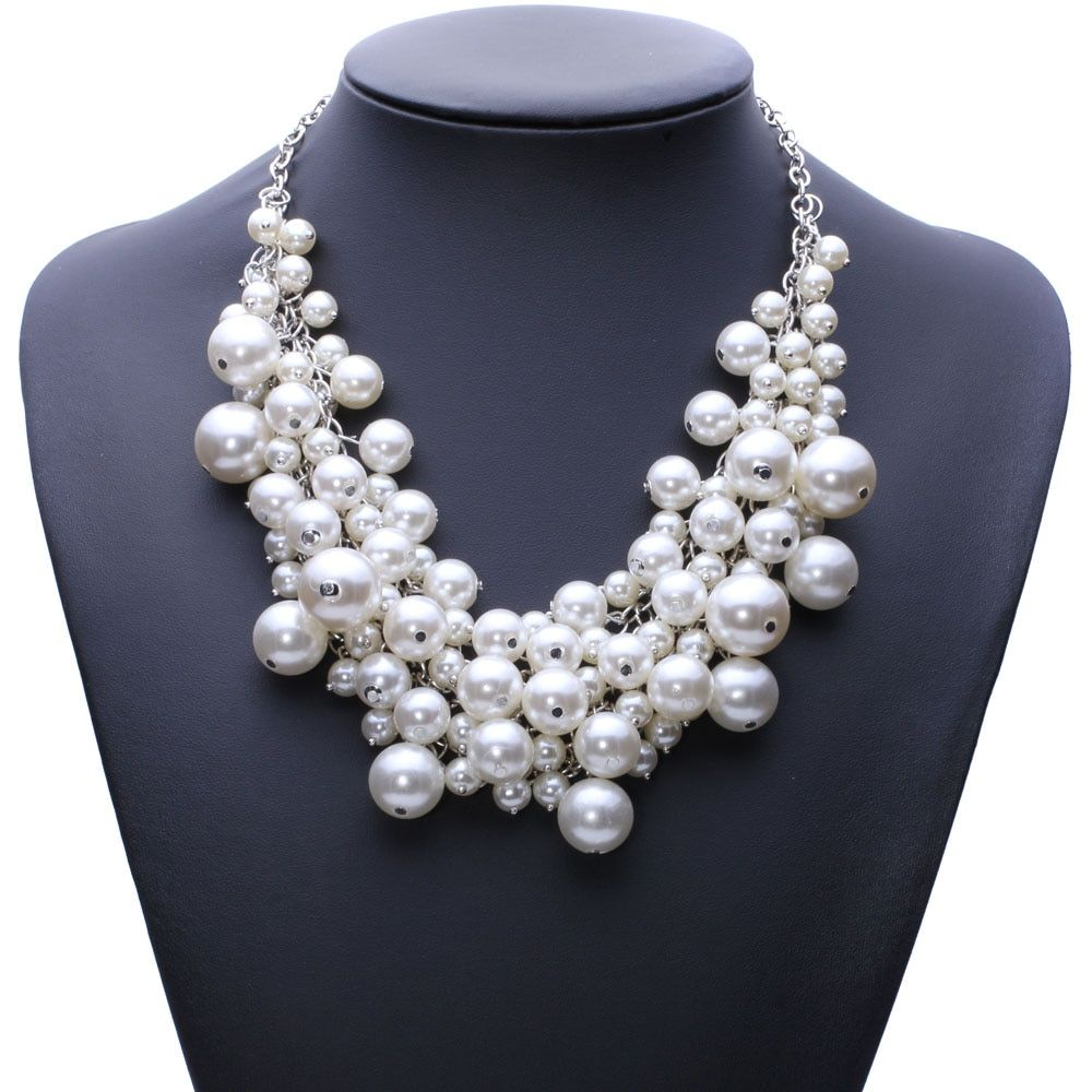New Arrival fashion chunky luxury bubble simulated pearl pendant choker Necklace statement jewelry for women