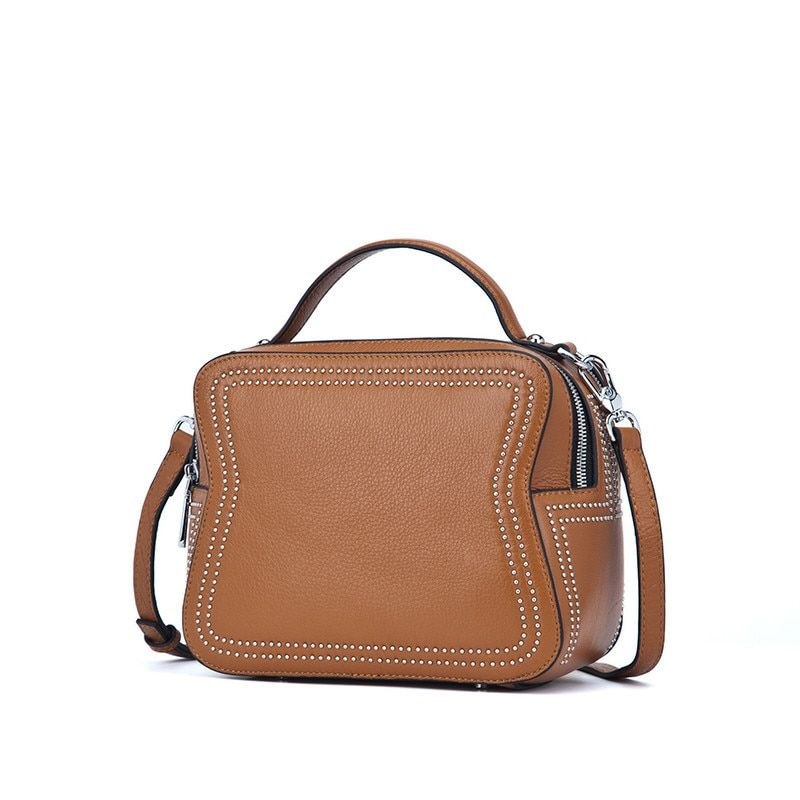 In the autumn of 2017 new leather bags and head layer cowhide portable shoulder diagonal fashion bag factory outlet