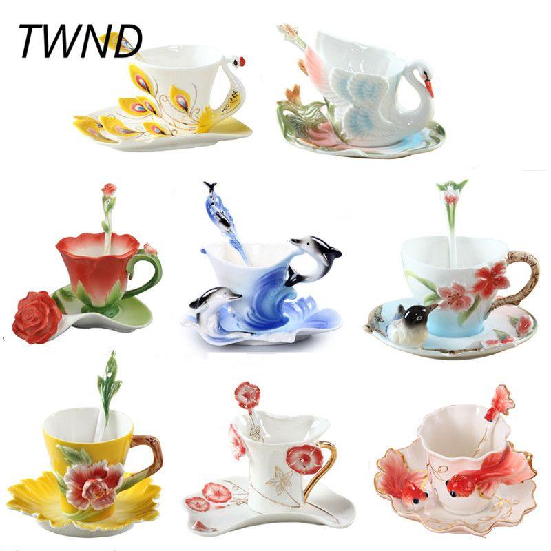 Tasses à café couleur émail tasses à thé et tasses avec soucoupe cuillère ensembles procelain paon cygne dauphins marque drinkware créatif