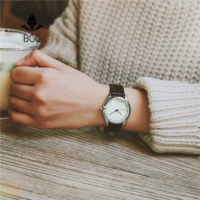 Rétro petit cadran mince ceinture femmes montres BGG délicat décontracté simple femme horloge noir marron cuir Quartz montre femmes heures