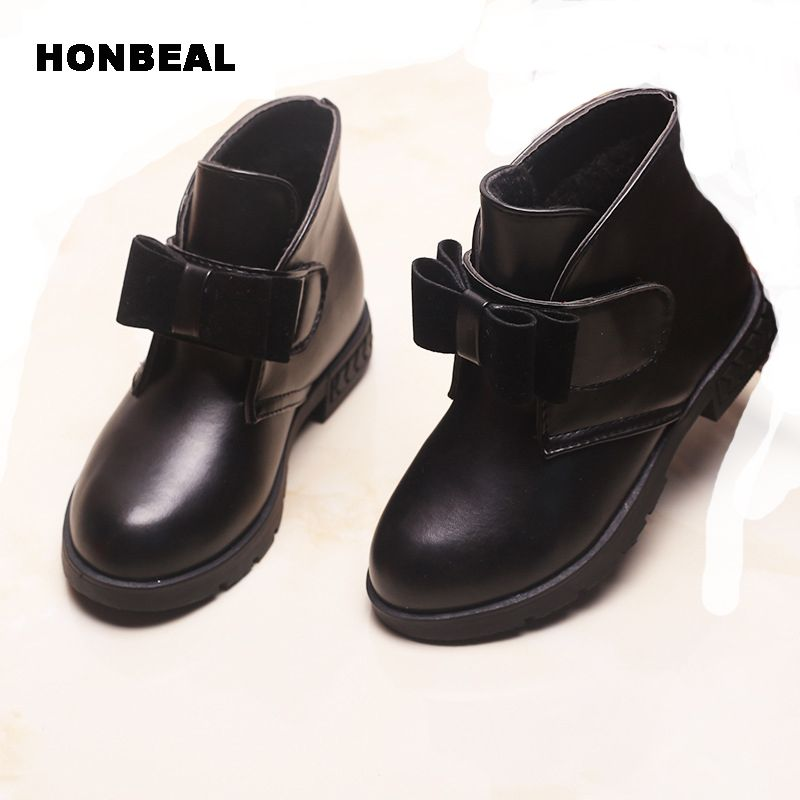 2017 Fashion Autumn And Winter Boots Children's Shoes Girls Bow In The Wind With Mid-top Of The British Carved Boots