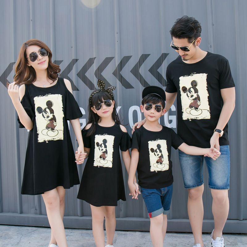 Mère et enfants famille correspondant vêtements d'été style coréen mère et fille robe dessin animé souris garçons T-shirt vêtements de famille