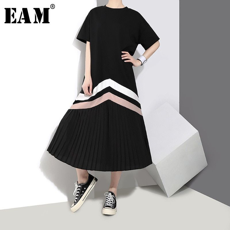 [EAM] 2018 New Autumn Summer Round Neck Short Sleeve Black Loose Big Size Striped Split Joint Dress Women Fashion Tide JE89901